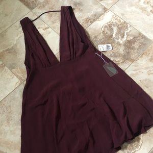 Dresses & Skirts - Modern Plunge Dress